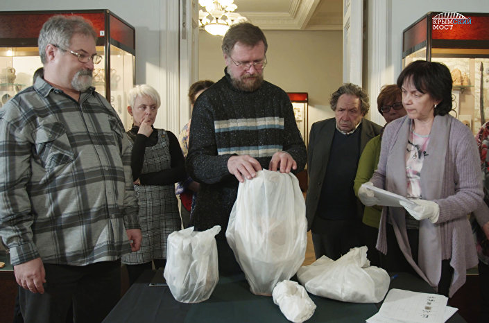 Obecnie artefakty są przekazywane do Muzeum Kerczeńskiego w celu ich przechowywania.