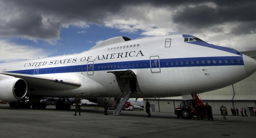 """Boeing E-4B Nightwatch zwany samolotem """"sądnego dnia"""""""