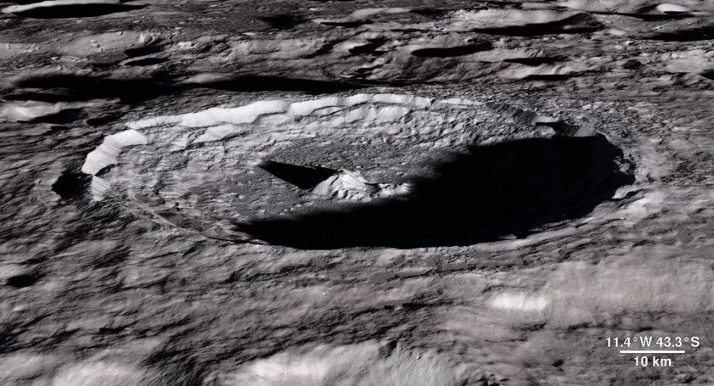 Kadr z wideo NASA zmontowanego ze zdjęć w rozdzielczości 4K, na których widać zmianę faz Księżyca w ciągu roku