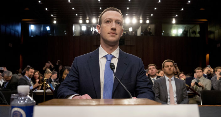 Mark Zuckerberg w Senacie USA