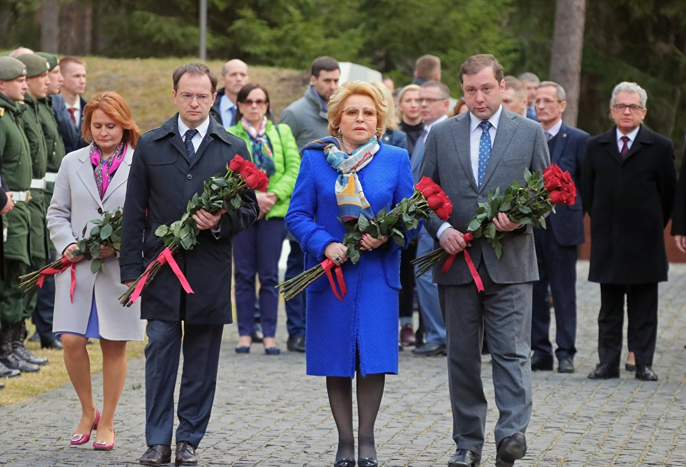 Otwarcie przebudowanego memoriału w Katyniu