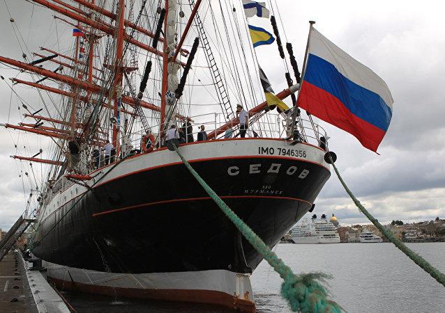 Żaglowiec Siedow w Petersburgu