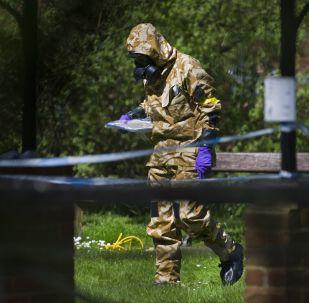 W Salisbury przystąpiono do sprzątania miejsc związanych ze sprawą otrucia Skripala
