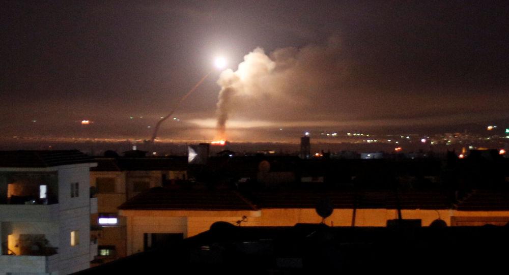 Widok z Damaszku na ostrzał rakietowy
