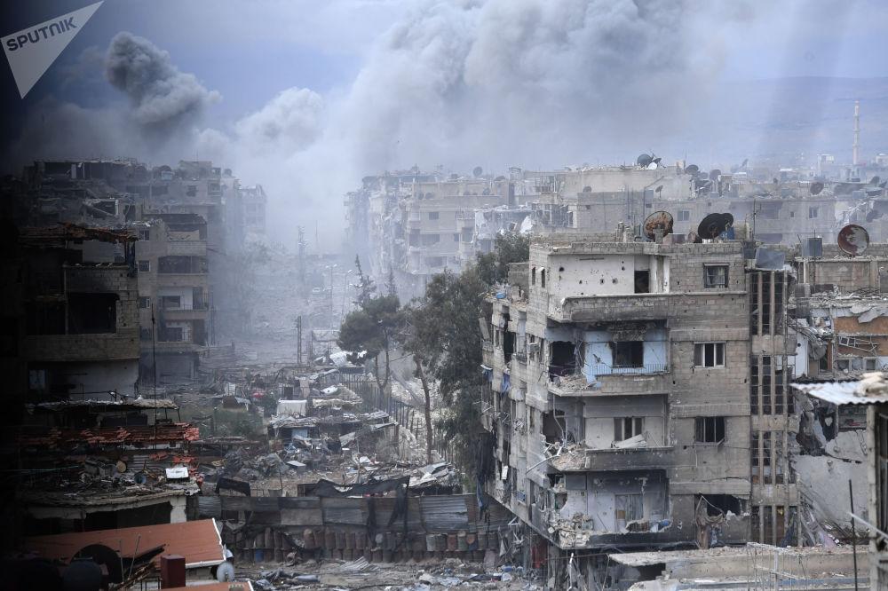 Sytuacja w okolicach obozu dla uchodźców Jarmuk na południowych przedmieściach Damaszku