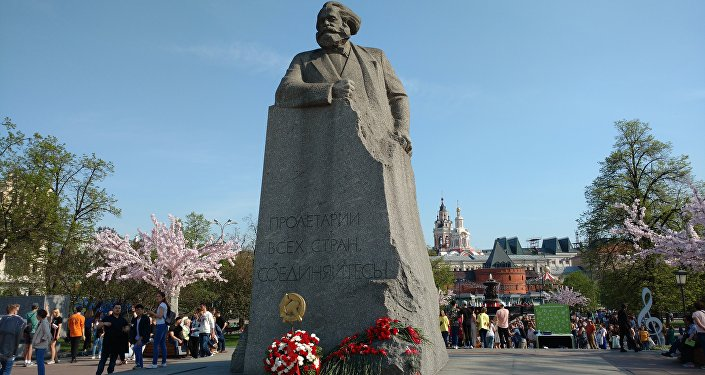 Pomnik Karola Marksa przy Placu Teatralnym w Moskwie