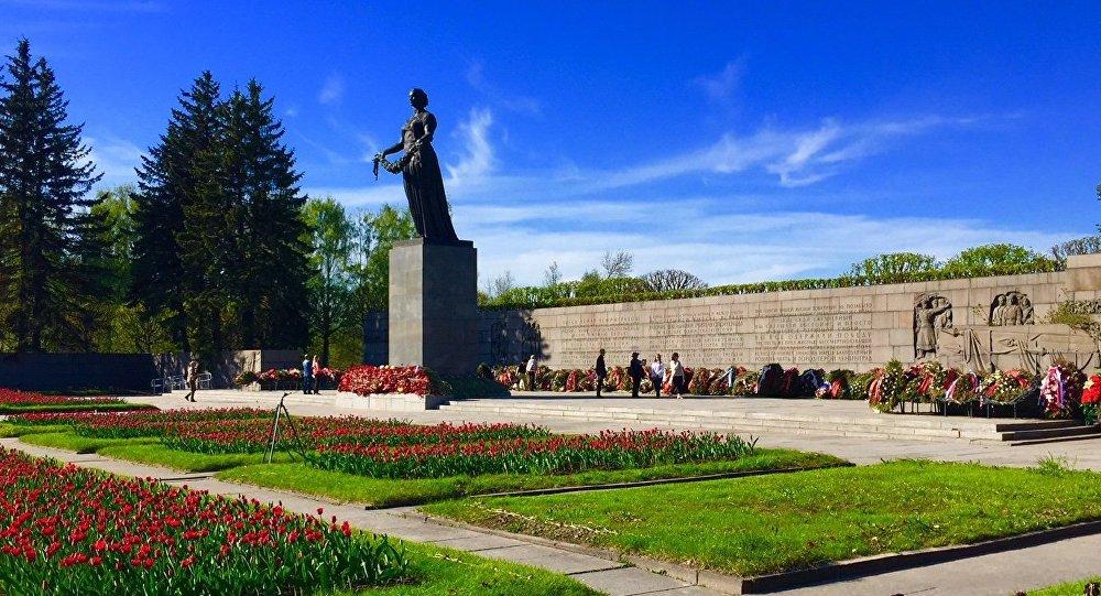 Piskariowski Cmentarz. Sankt Petersburg.