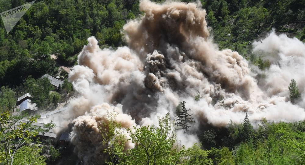 Wysadzenie budowli pomocniczych na poligonie jądrowym Punggye-ri na północy KRLD