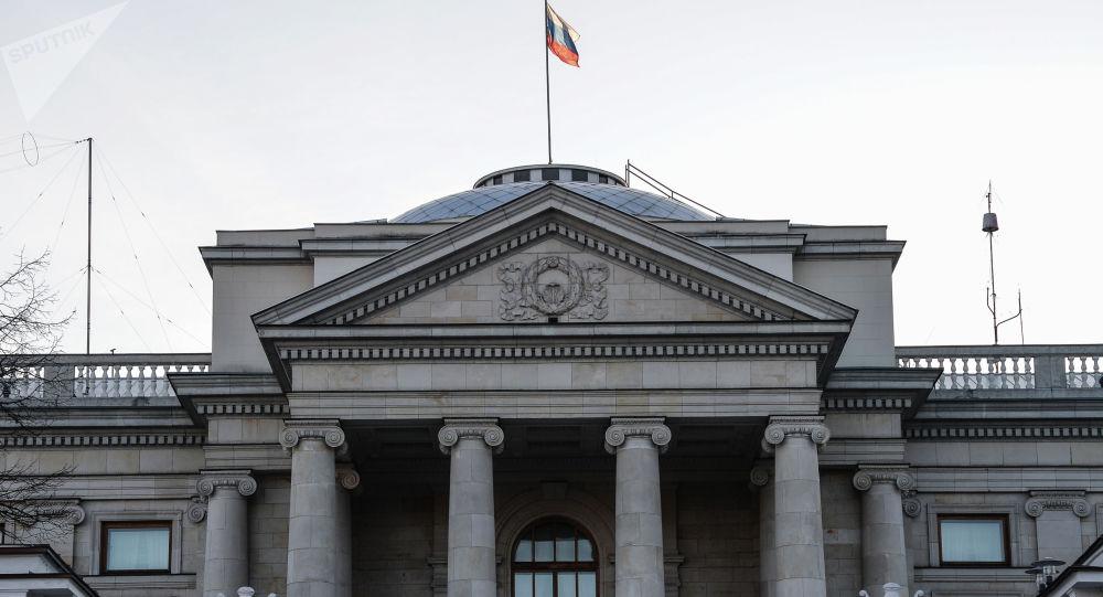 Budynek ambasady Rosji w Warszawie