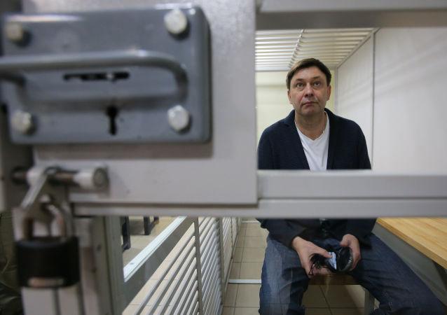 Kierownik portalu Ria Novosti Ukraina Kiriłl Wyszynski w czasie rozpatrywania odwołania od aresztowania w chersońskim sądzie