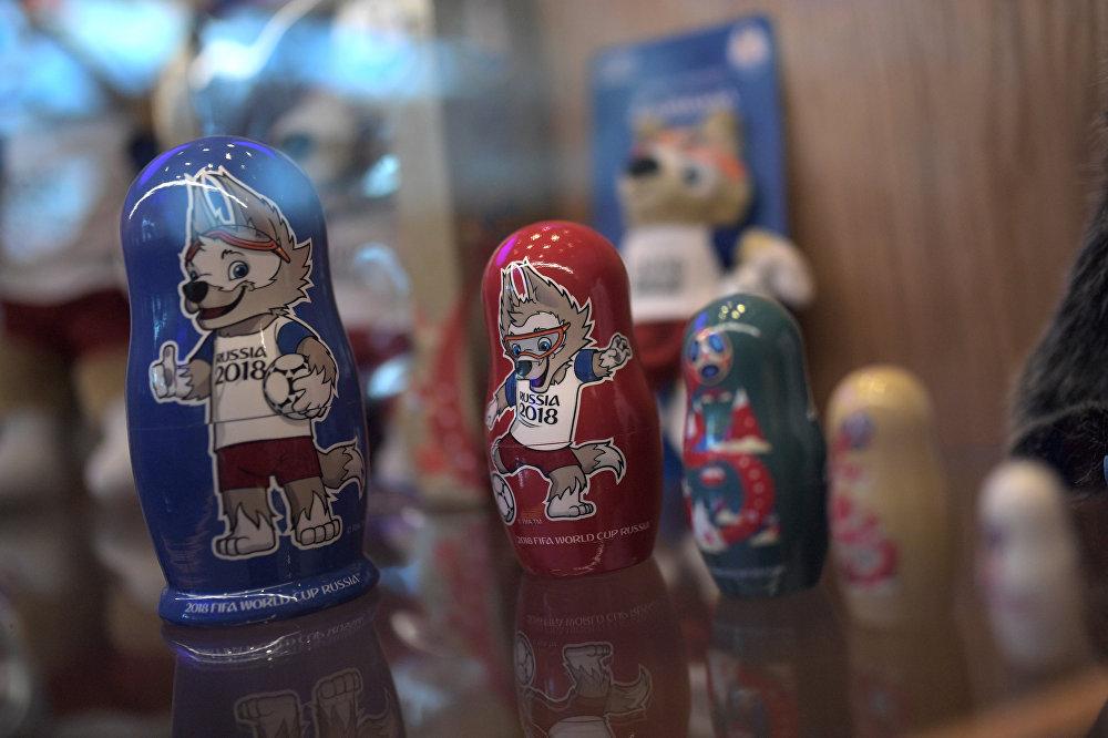 Pamiątki w sklepie na lotnisku Szeremietiewo