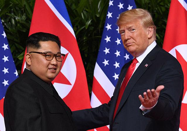 Historyczne spotkanie Trumpa i Kim Dzong Una