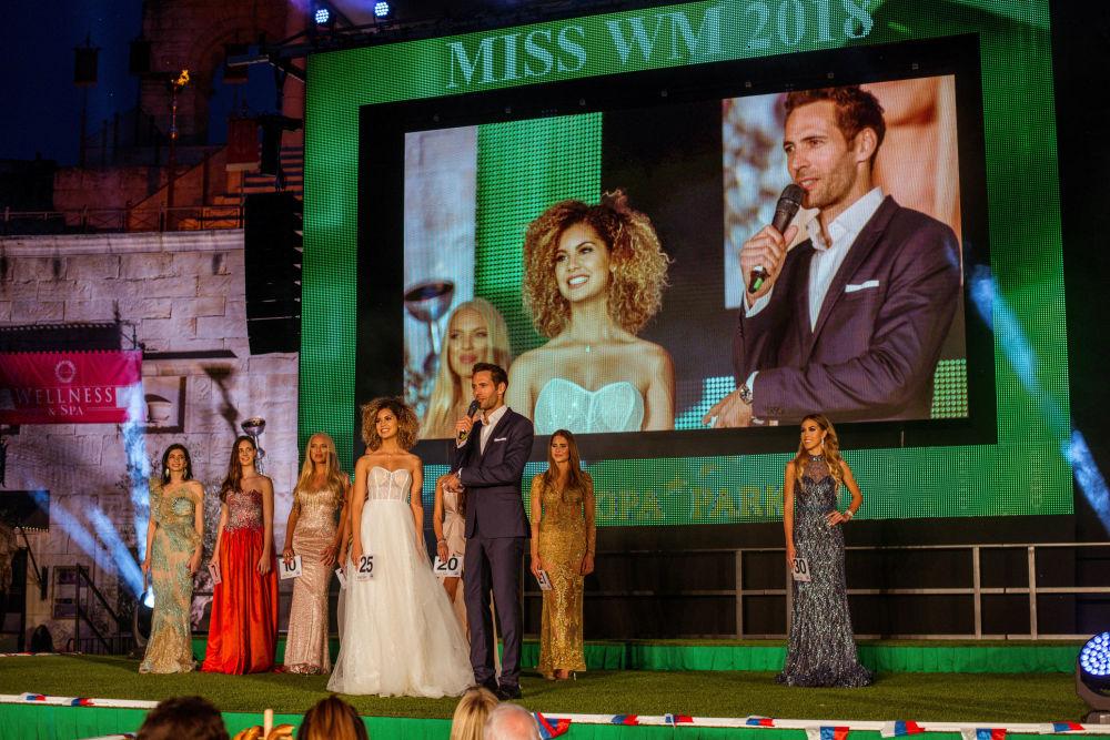 Zwyciężczyni konkursu piękności Miss Mundial 2018 Belgijka Zoe Brunet