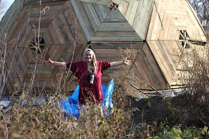 Dom kopuła. Obwód nowosybirski
