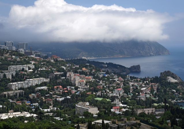 Chmjura na wierzchołku góry Ajudah