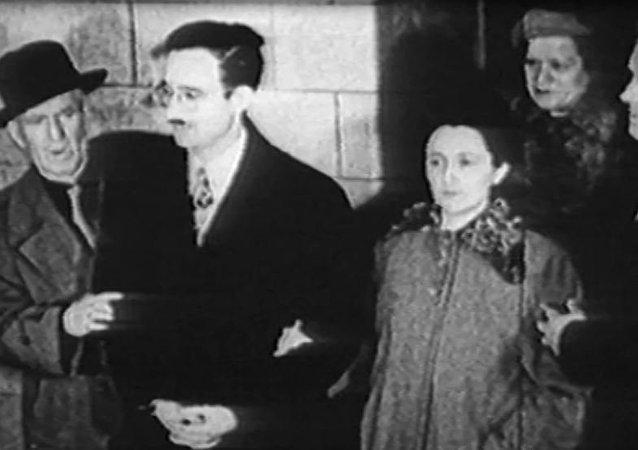 Małżonkowie Julius i Ethel Rosenbergowie zostali straceni w USA 65 lat temu