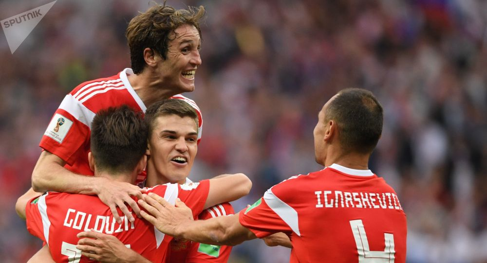 Emocje sportowe na meczu Rosja-Arabia Saudyjska