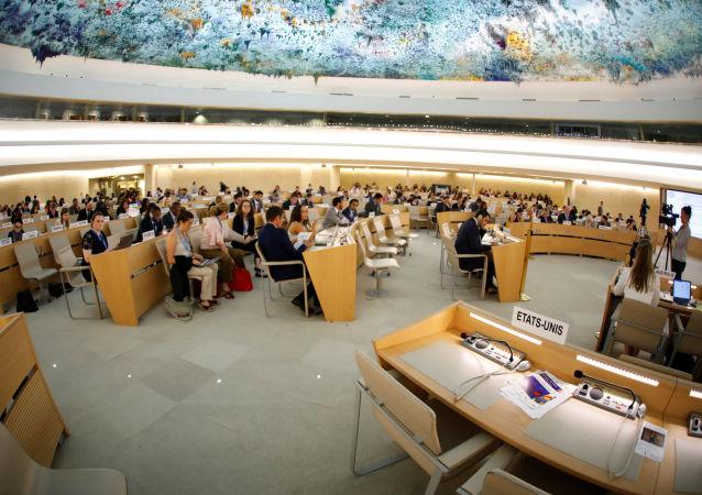 Puste miejsca amerykańskiej delegacji podczas sesji Rady Praw Człowieka w ONZ