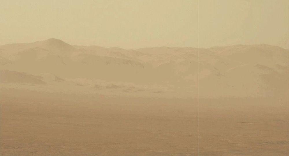 Burza piaskowa na Marsie