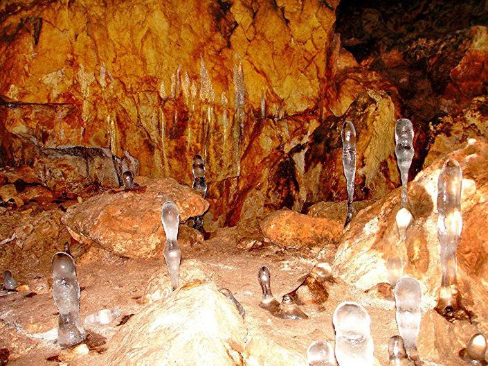 Jaskinia Kaszkułakska (Jaskinia Czarnego Diabła), Chakasja