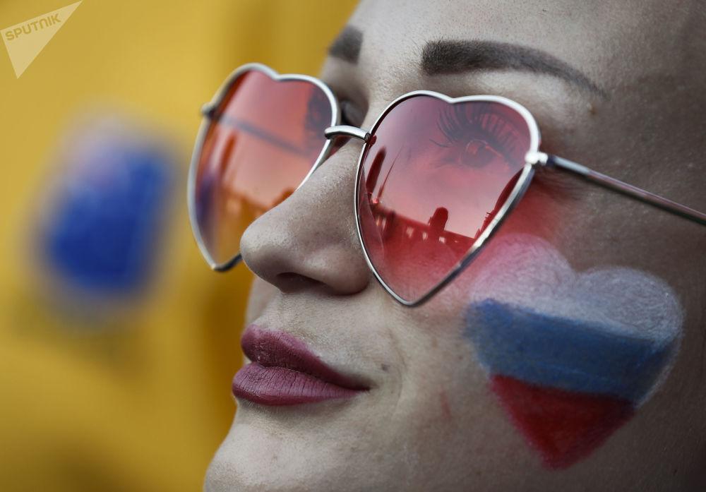 Kibicka rosyjskiej reprezentacji podczas meczu Urugwaj-Rosja