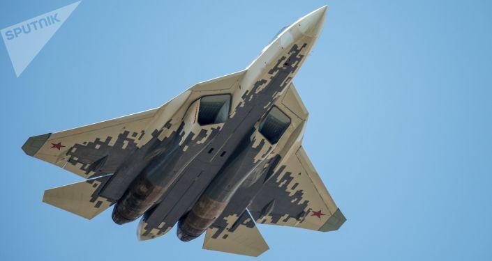 Myśliwiec Su-57