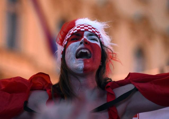 Kibicka reprezentacji Chorwacji podczas meczu Chorwacja-Argentyna