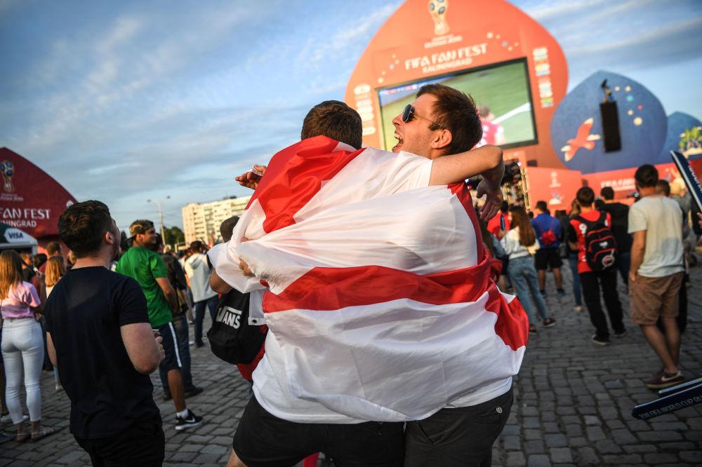 Kibice reprezentacji Anglii podczas meczu MŚ 2018 Tunezja-Anglia