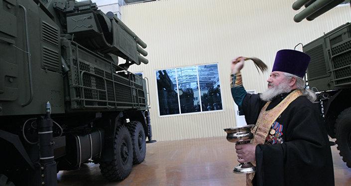 Kapłan święci 10 nowych systemów rakietowych Pancyr-S1