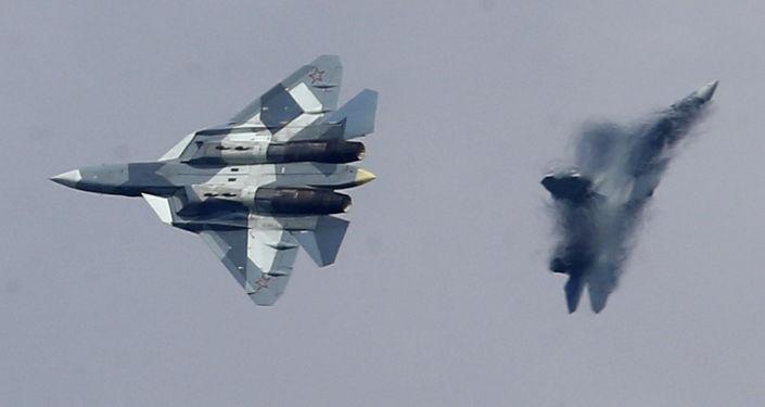Rosyjski wielozadaniowy myśliwiec piątej generacji T-50