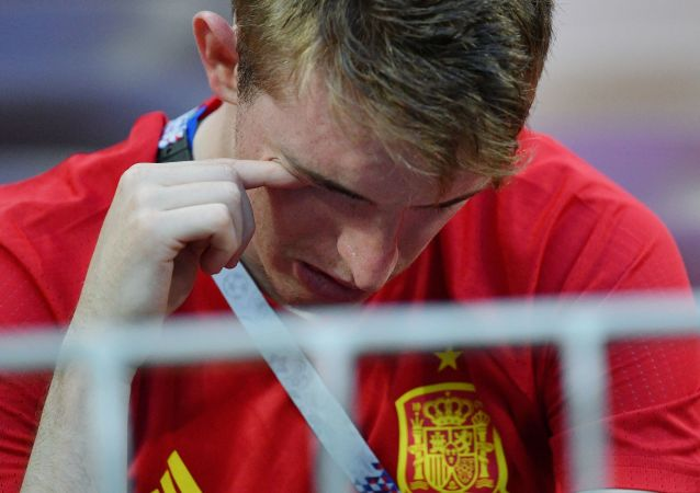 Hiszpański kibic po meczu Rosja-Hiszpania
