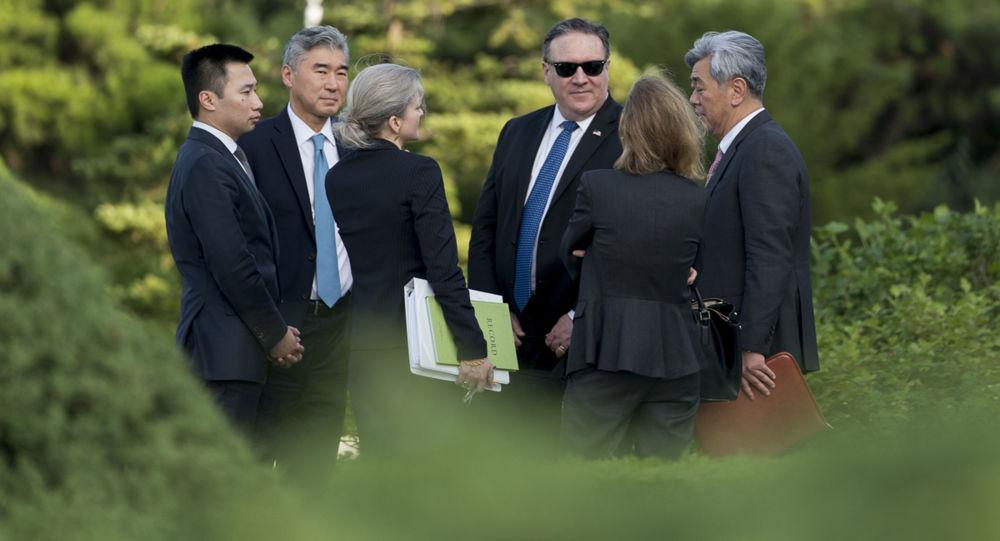 Sekretarz Stanu USA Mike Pompeo podczas wizyty w Korei Północnej