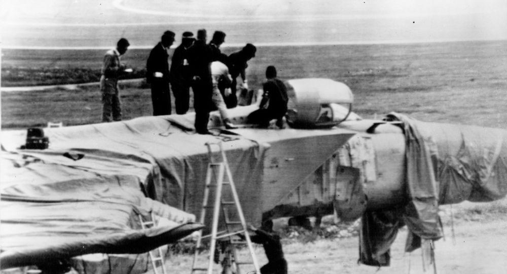Radziecki myśliwiec przechwytujący MiG-25P porwany przez radzieckiego pilota Wiktora Bielenkę na japońskim lotnisku, 1976 rok