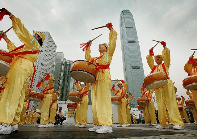 Chińczycy, Hong Kong, 2006 rok