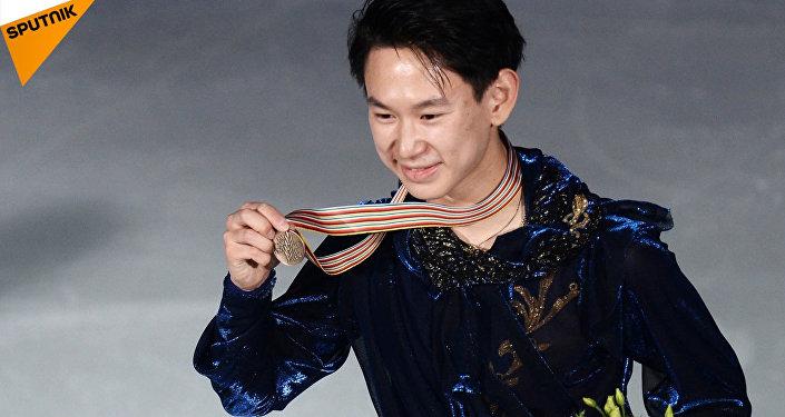 Kazachski łyżwiarz figurowy, medalista Soczi 2014 Denis Tien