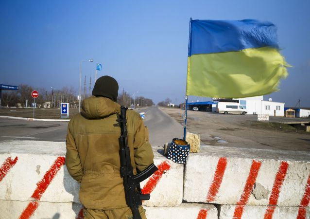 Punkt kontrolny w wiosce Czongar na granicy Ukrainy i Krymu. Zdjęcie archiwalne