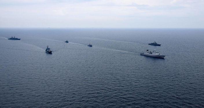 Wspólne szkolenie Marynarki Wojennej Ukrainy i okrętów NATO na Morzu Czarnym