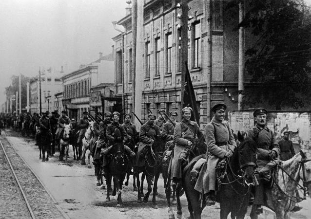 Armia Czerwona w Kazaniu, 1918 r.