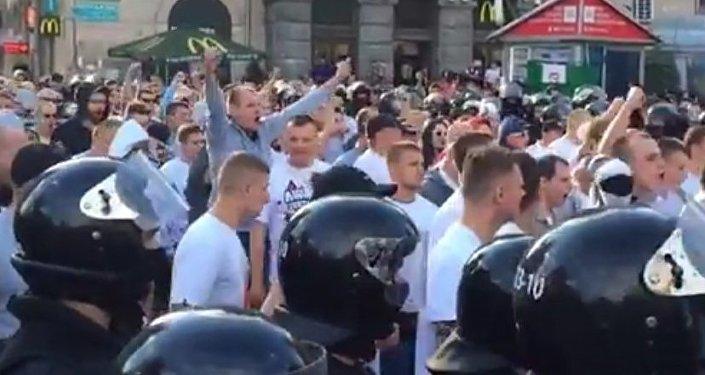 Policja Kijowa ściągna polskich kibiców na stadion