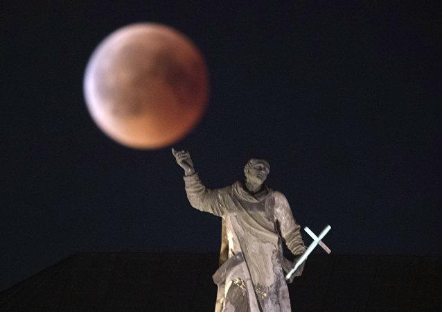 Zaćmienie Księżyca, Drezno, Niemcy