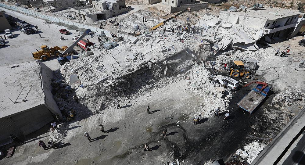 Zniszczony magazyn z bronią, prowincja Idlib, Syria