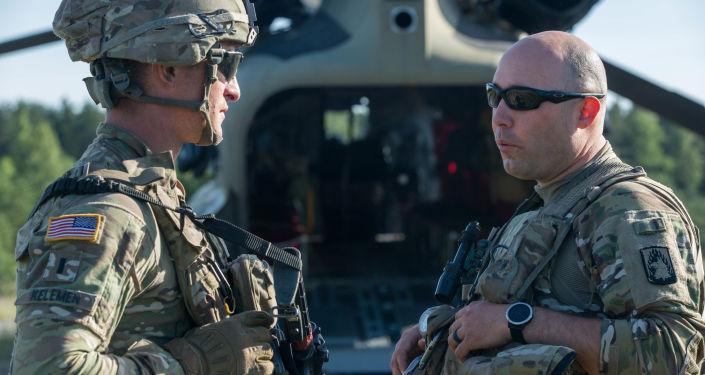 Wojskowi armii USA podczas ćwiczeń wojsk NATO w mieście Kozłowa Ruda, Litwa