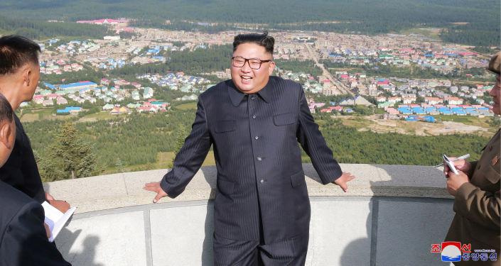 Przywódca KRLD Kim Dzong Un w powiecie Samjiyon