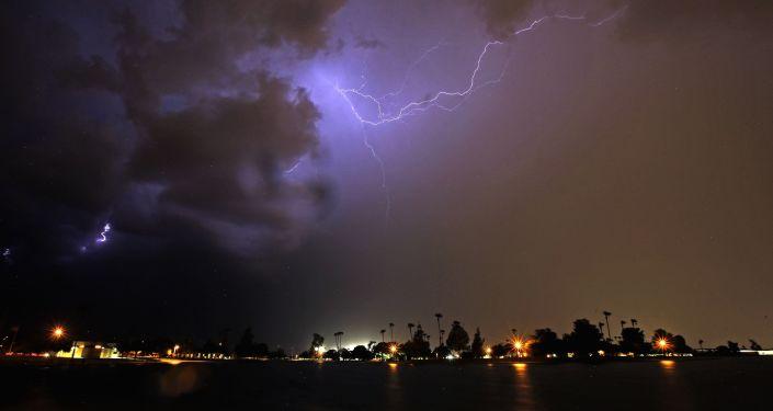 Burza nad Arizoną, USA