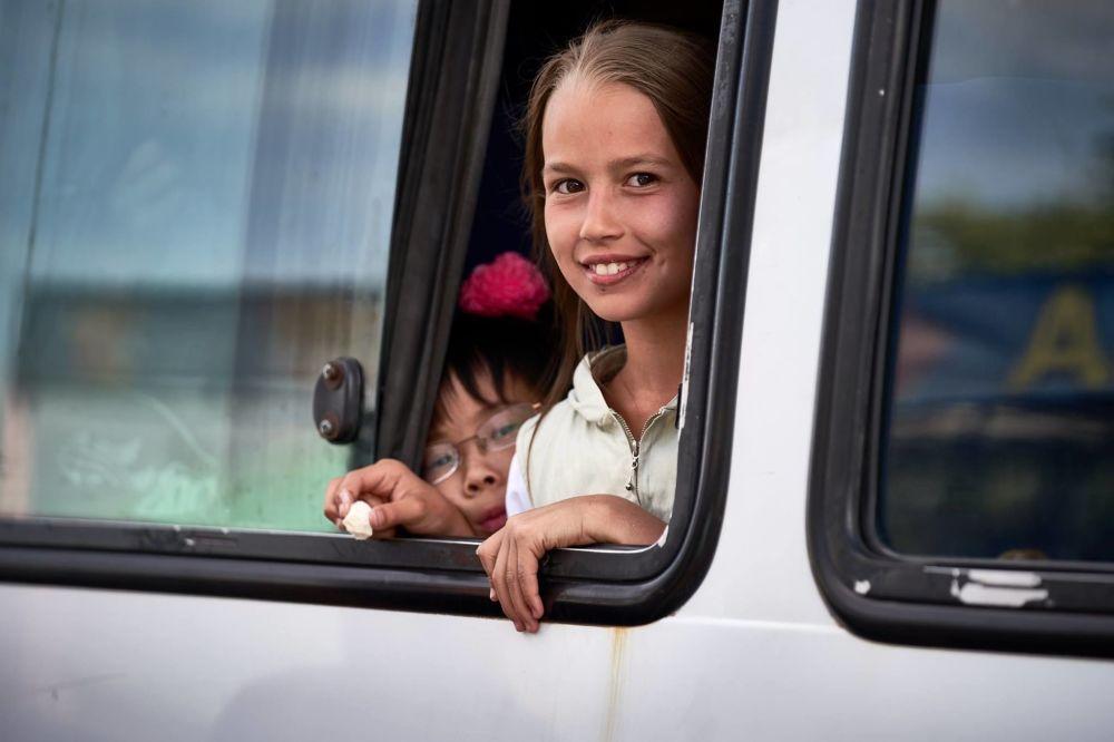 Mieszkańcy sfotografowani przez irlandzkiego fotografa Richarda Watsona podczas 25-dniowej wycieczki do Kirgistanu