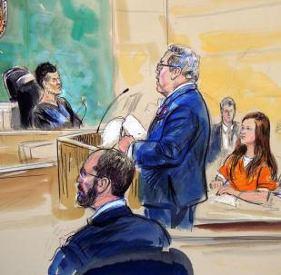 Szkic przedstawiający oskarżoną o szpiegostwo Marię Butinę i jej prawnika Roberta Driscolla podczas rozprawy sądowej w Sądzie Federalnym Stanów Zjednoczonych w Waszyngtonie