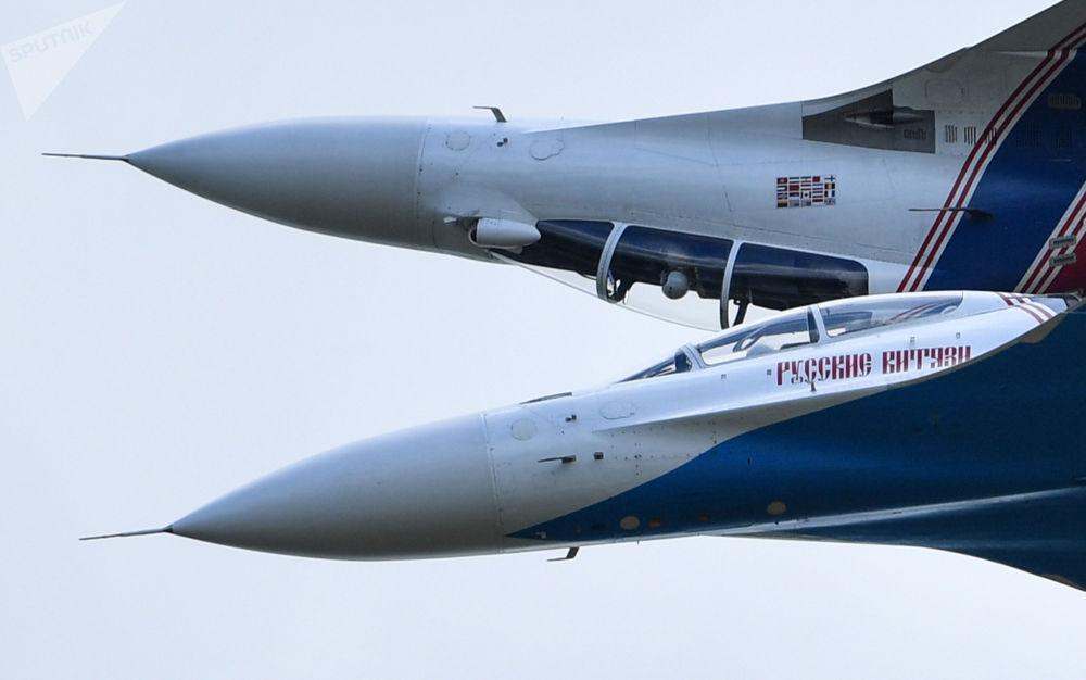Wielofunkcyjne myśliwce Su-30SM na IV Międzynarodowym Forum Wojskowym Armia-2018
