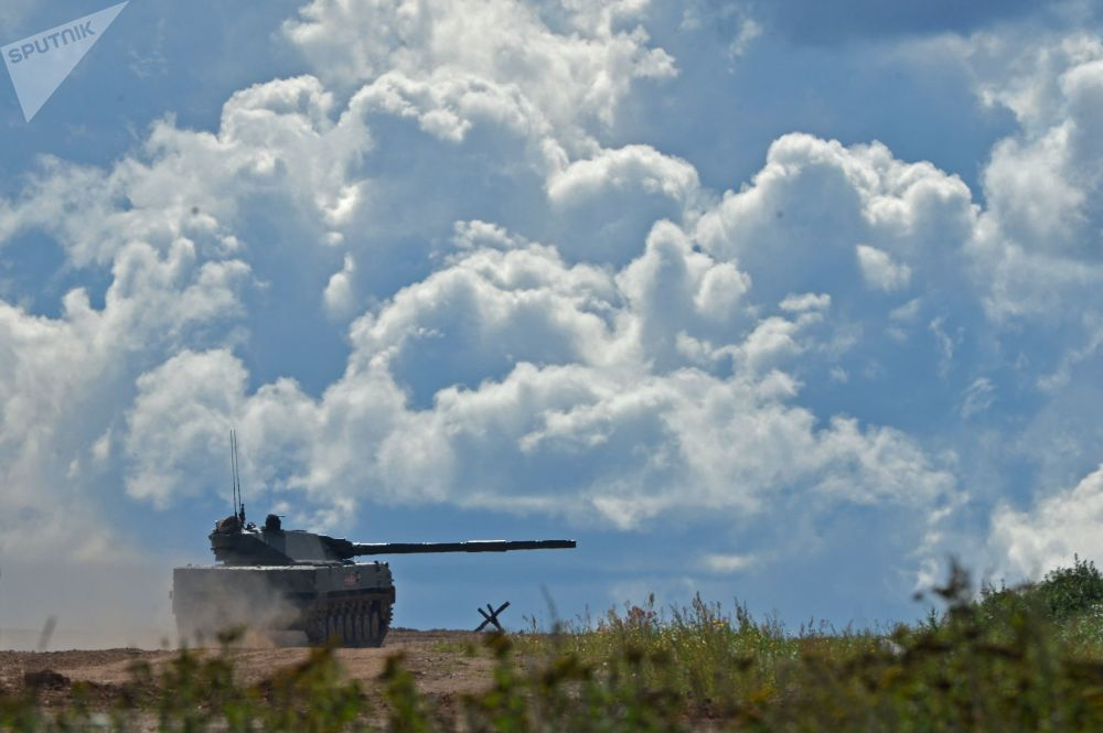 Desantowy niszczyciel czołgów 2S25 Sprut-SD na IV Międzynarodowym Forum Wojskowym Armia-2018