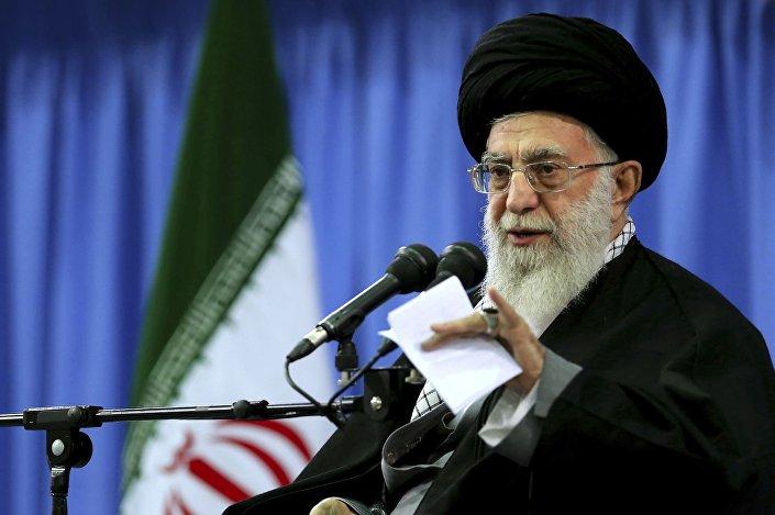 Duchowy lider Iranu ajatollah Ali Chamenei