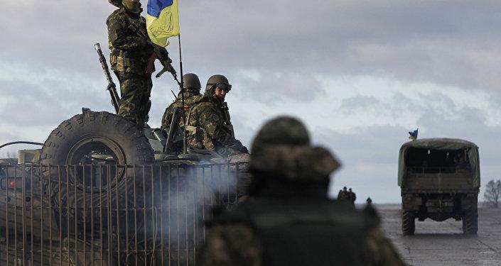 Ukraińskie wojsko na terenie bazy wojskowej w Kramatorsku, obwód doniecki. Zdjęcie archiwalne